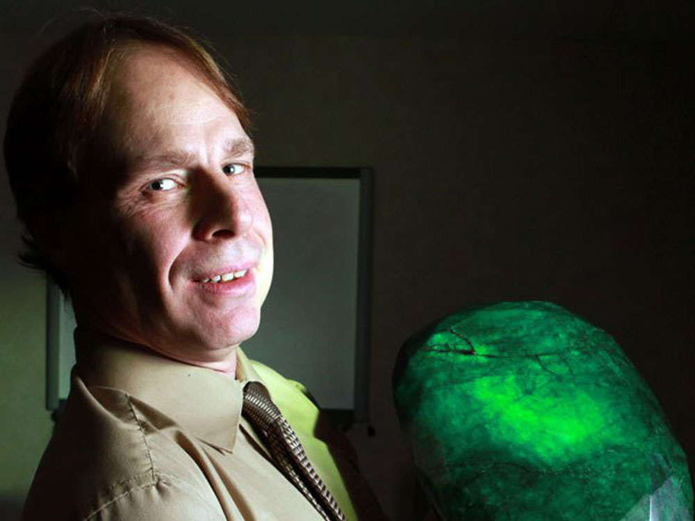 'World's Largest Emerald' Owner, Regan Reaney, Arrested on Ontario Fraud Charges